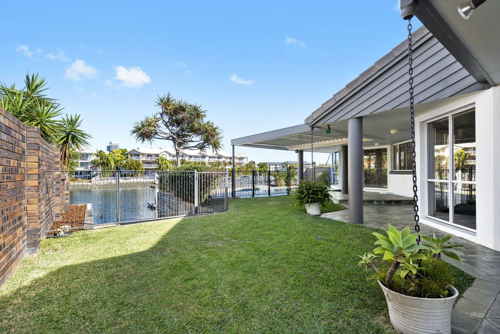 12 Jennifer Ave, Runaway Bay QLD 4216, Image 0