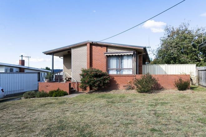Picture of 70 Crest Road, QUEANBEYAN NSW 2620