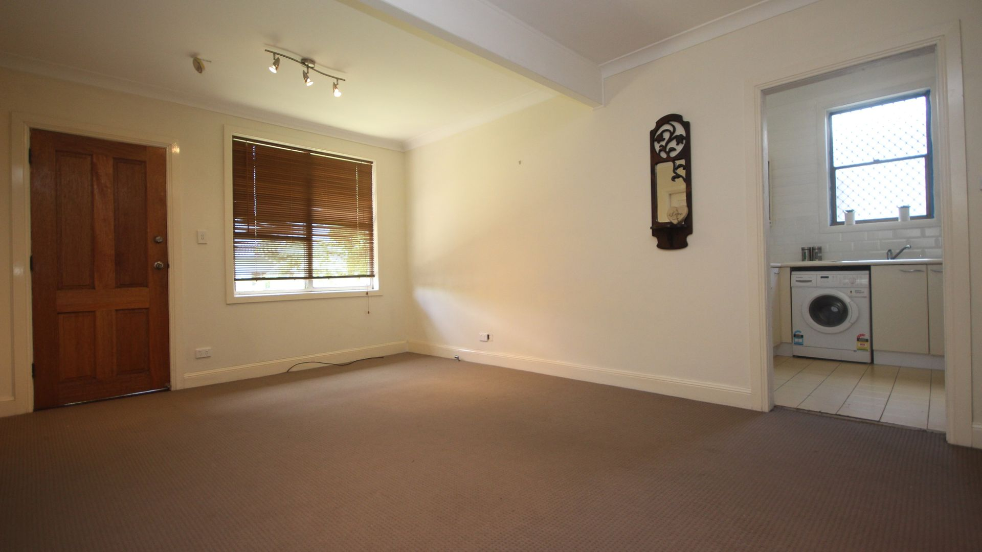 430 Maitland Road, Mayfield West NSW 2304, Image 2