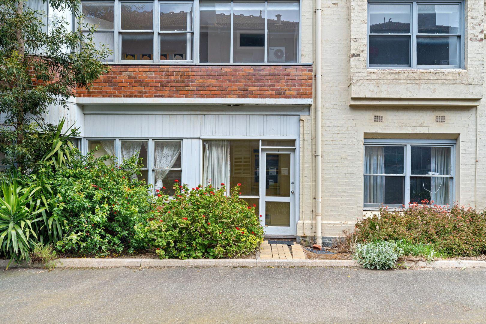 1/4 Lyons Street South, Ballarat Central VIC 3350, Image 1