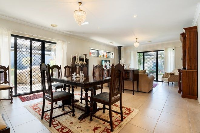Picture of 5 MacAfee Road, CASTLEMAINE VIC 3450