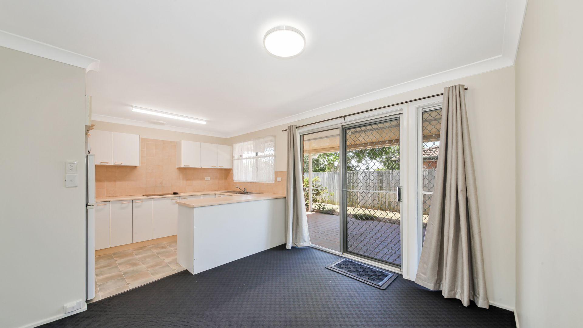 11 Greenore Street, Bracken Ridge QLD 4017, Image 2