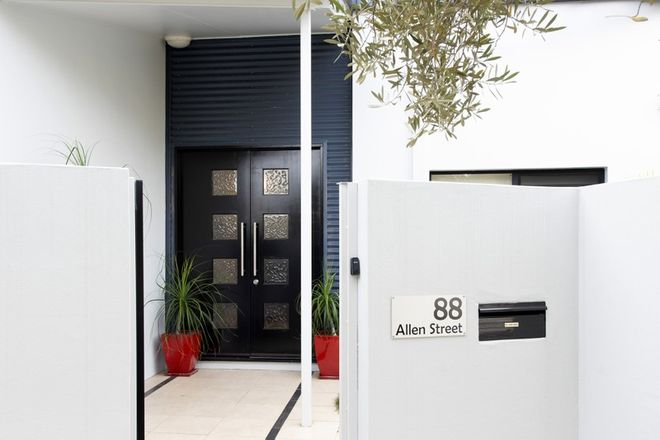 Picture of 88 Allen Street, HAMILTON QLD 4007