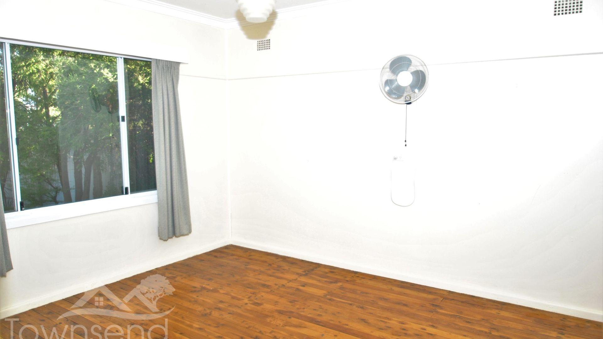 1 Churchill Avenue, Orange NSW 2800, Image 1