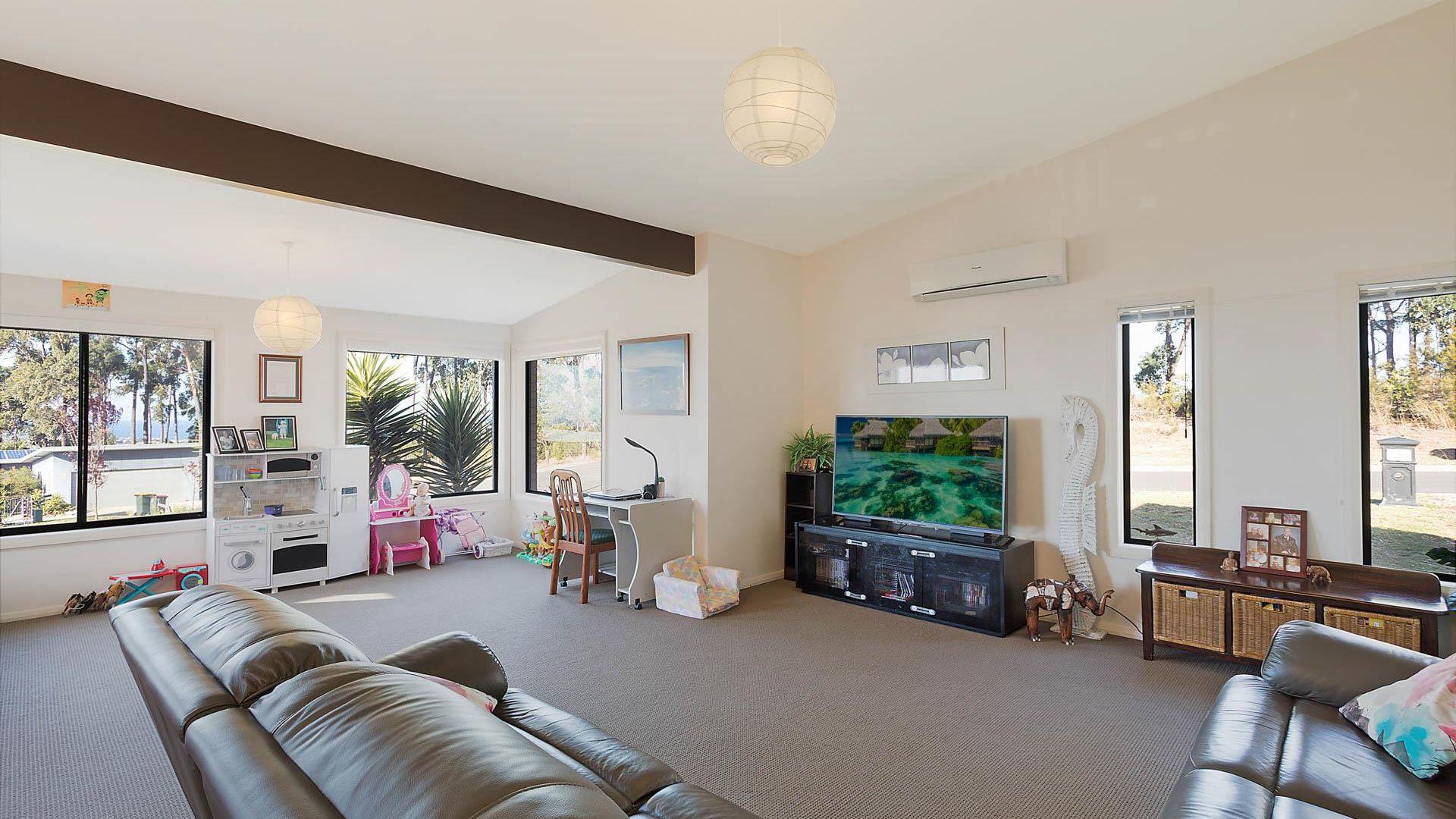3 Cockatoo Court, Mirador NSW 2548, Image 2