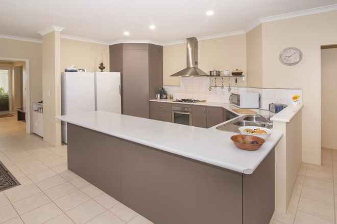Picture of 11 Indooroopilly Crescent, DUNSBOROUGH WA 6281