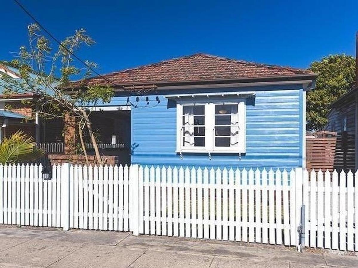 18 Baker Street, Mayfield NSW 2304, Image 0
