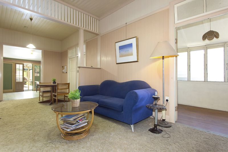 74 Pembroke Road, Coorparoo QLD 4151, Image 2