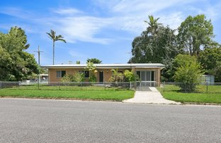 2 Dann St, Mooroobool QLD 4870