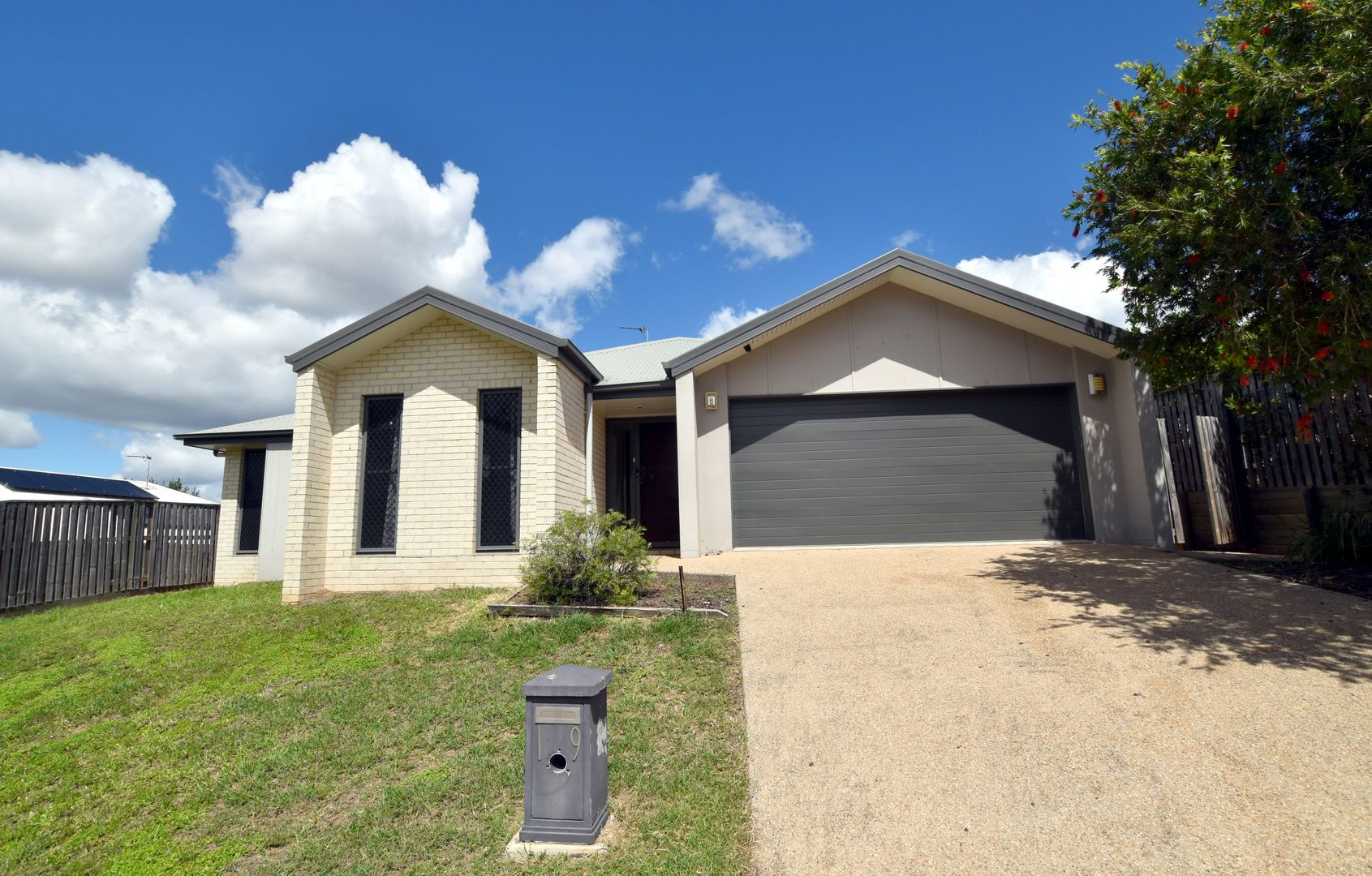 19 Sundowner Road, Clinton QLD 4680, Image 0