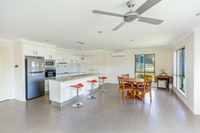 52 Glen Eden Drive, Gympie QLD 4570, Image 2