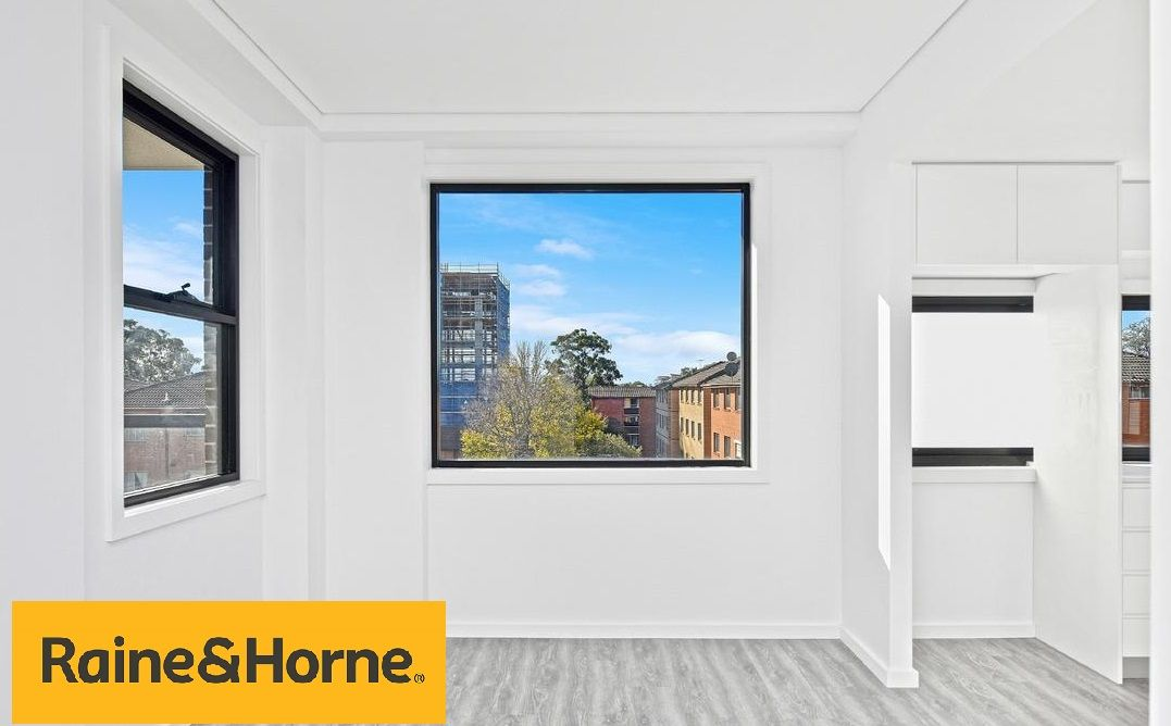 8/128 Moore Street, Liverpool NSW 2170, Image 1