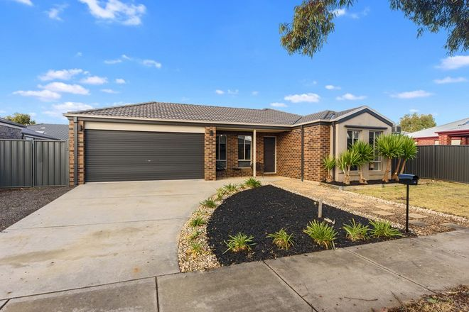 Picture of 70 Greenfield Drive, EPSOM VIC 3551
