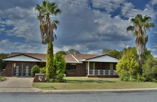 Picture of 32 Fairway Drive, Warwick QLD 4370