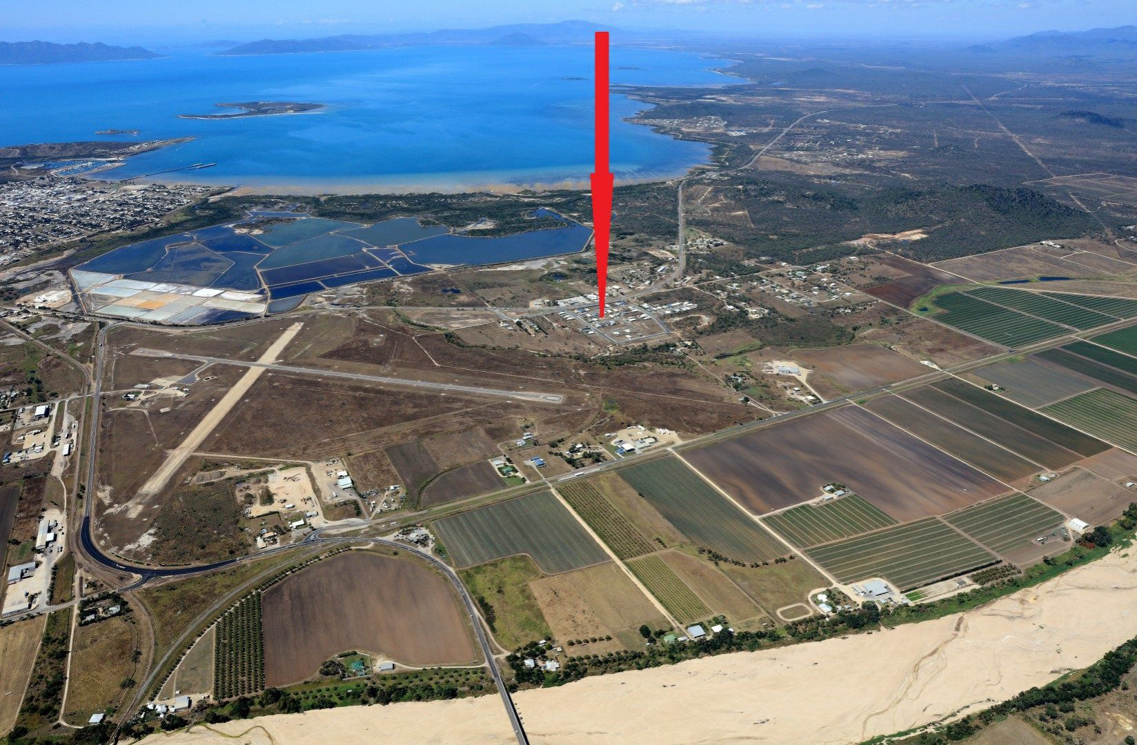 114/33 Cypress Crescent, Bowen QLD 4805, Image 0
