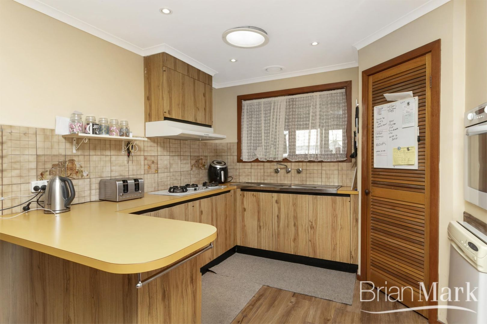 15 Brimpton Grove, Wyndham Vale VIC 3024, Image 2