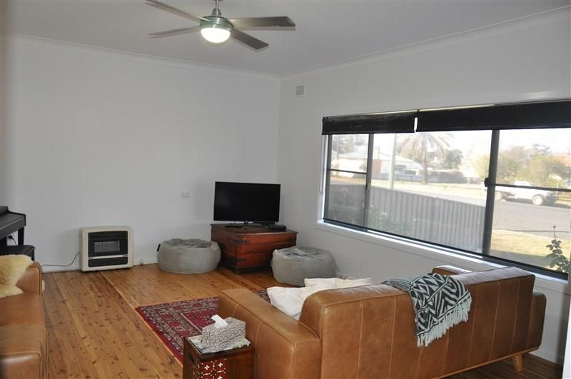 71 Farrand Street, Forbes NSW 2871, Image 2
