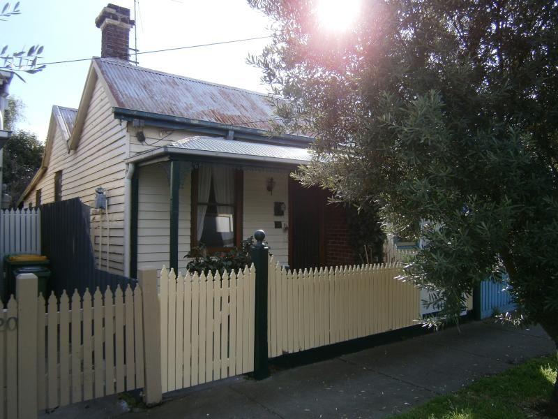 18 Perry Street, Seddon VIC 3011, Image 0