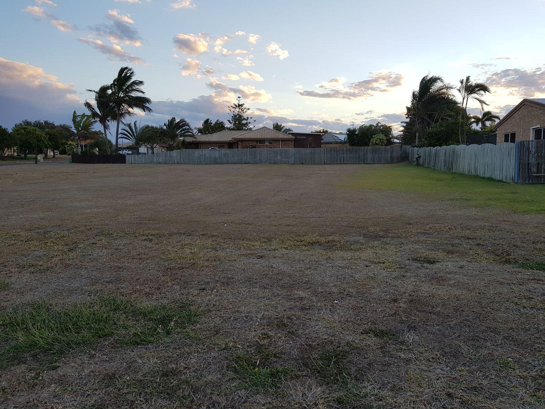 17 Mokera Street, Coral Cove QLD 4670, Image 1