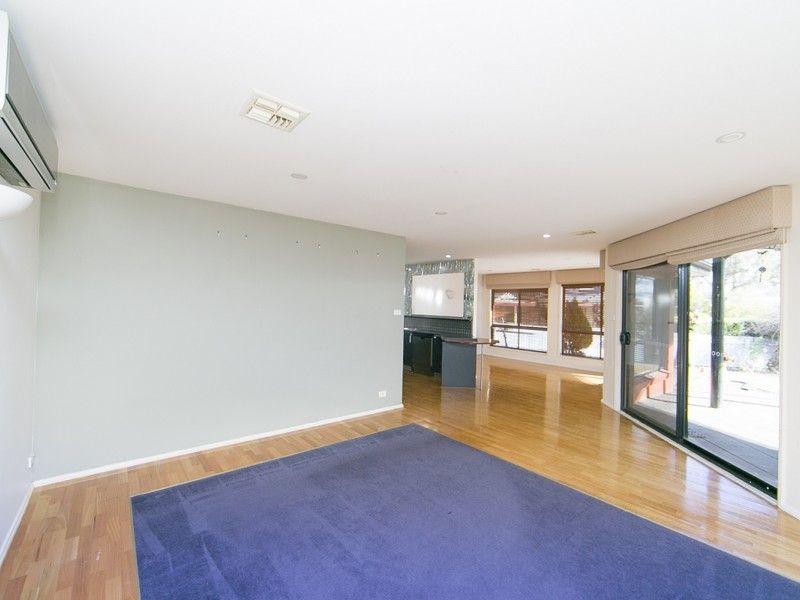 9 Kinlyside Avenue, Jerrabomberra NSW 2619, Image 2