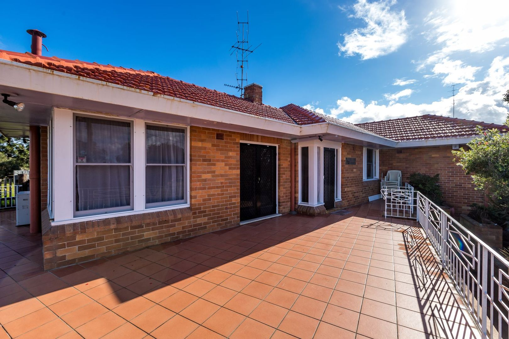243 New England Highway, Rutherford NSW 2320, Image 2