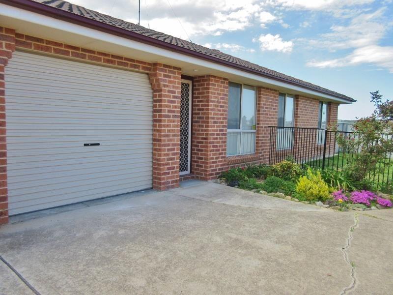 2/7 Horan Close, Kelso NSW 2795, Image 0