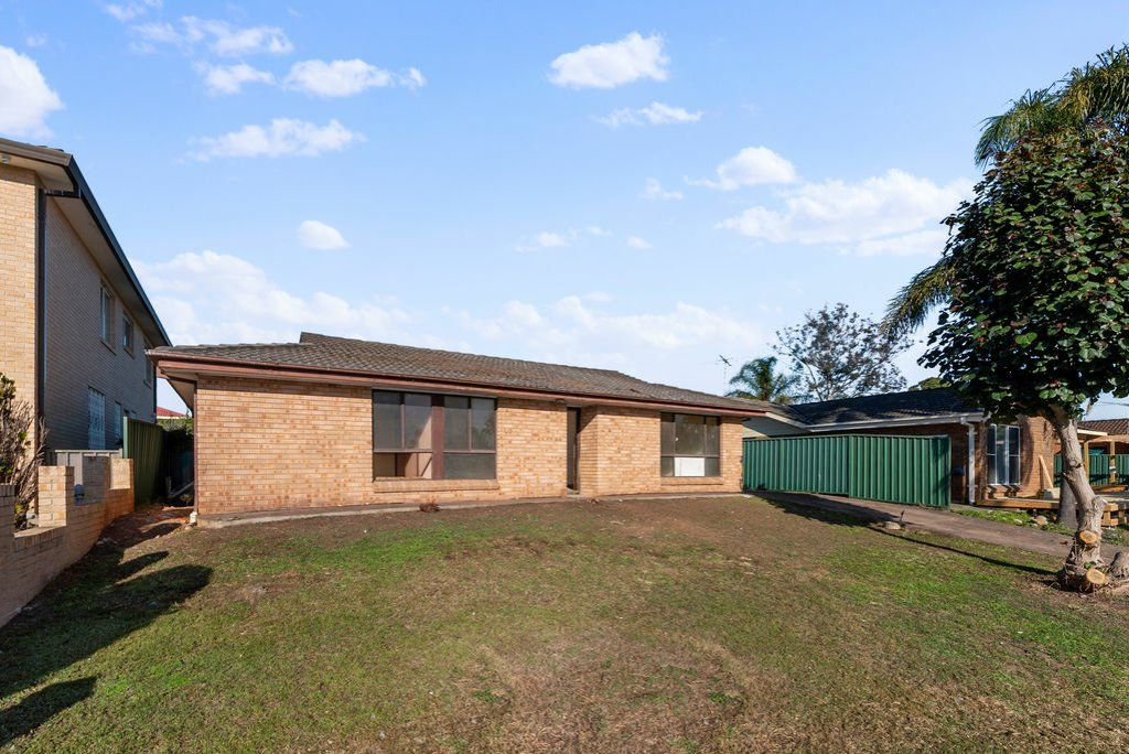 14 Wallaby Close, Bossley Park NSW 2176, Image 0