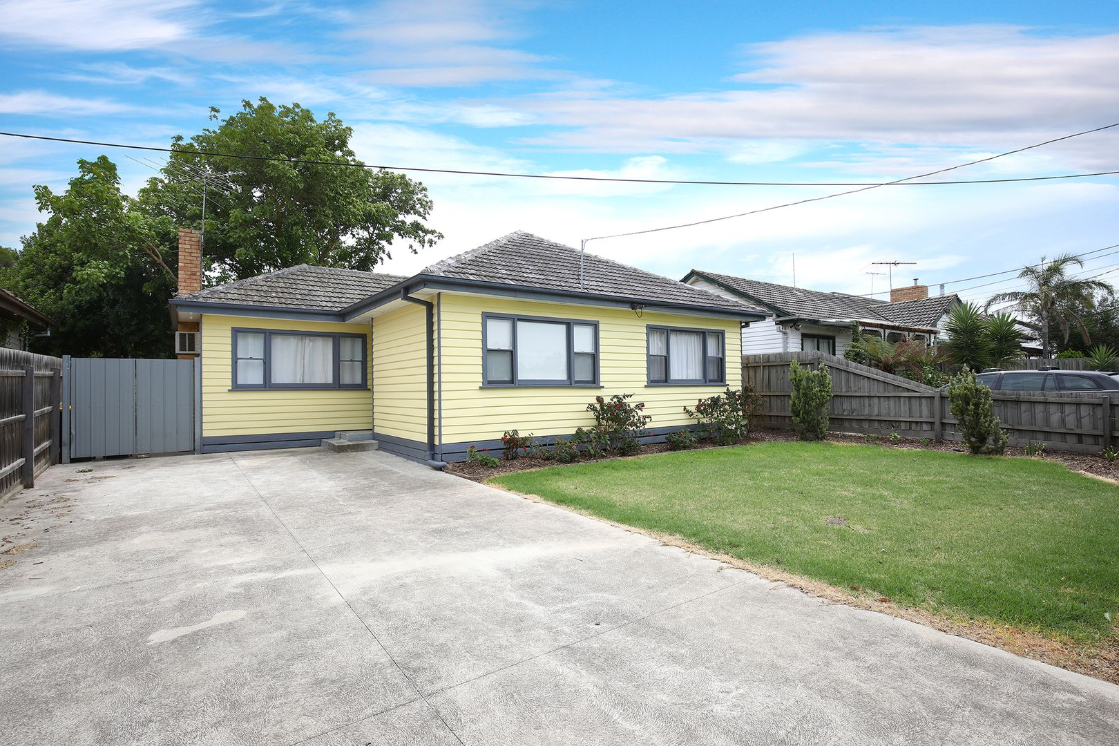 32 Mountainview Avenue, Avondale Heights VIC 3034, Image 0