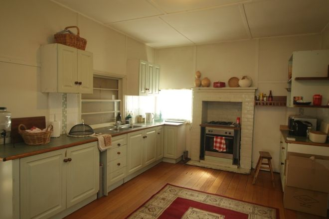 Picture of 189 Great Alpine Road, BRUTHEN VIC 3885
