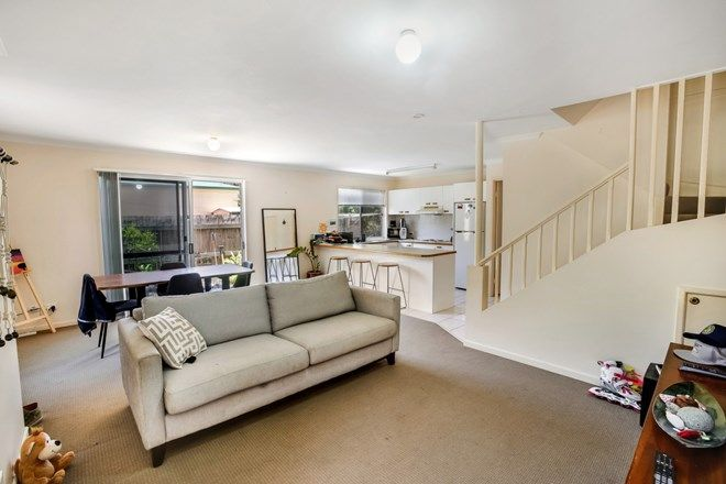 Picture of 1/24 Tanah St East, MOUNT COOLUM QLD 4573