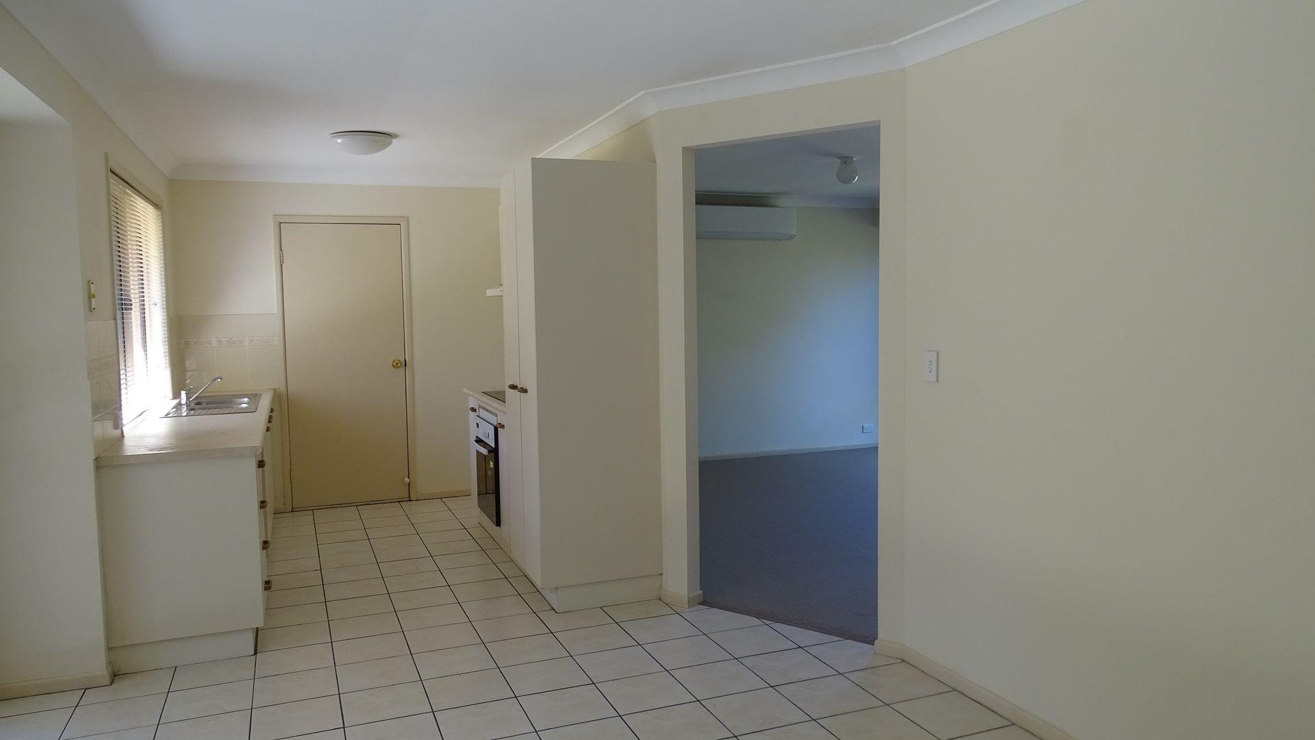 14 Mitchell Place, Belmont QLD 4153, Image 1