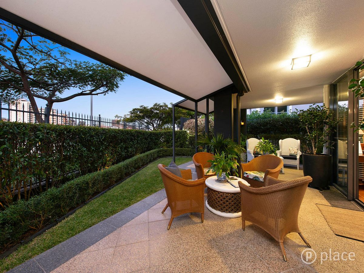 110/1 Holman Street, Kangaroo Point QLD 4169, Image 1