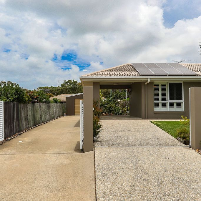 4 Ninderry Close, Battery Hill QLD 4551, Image 2
