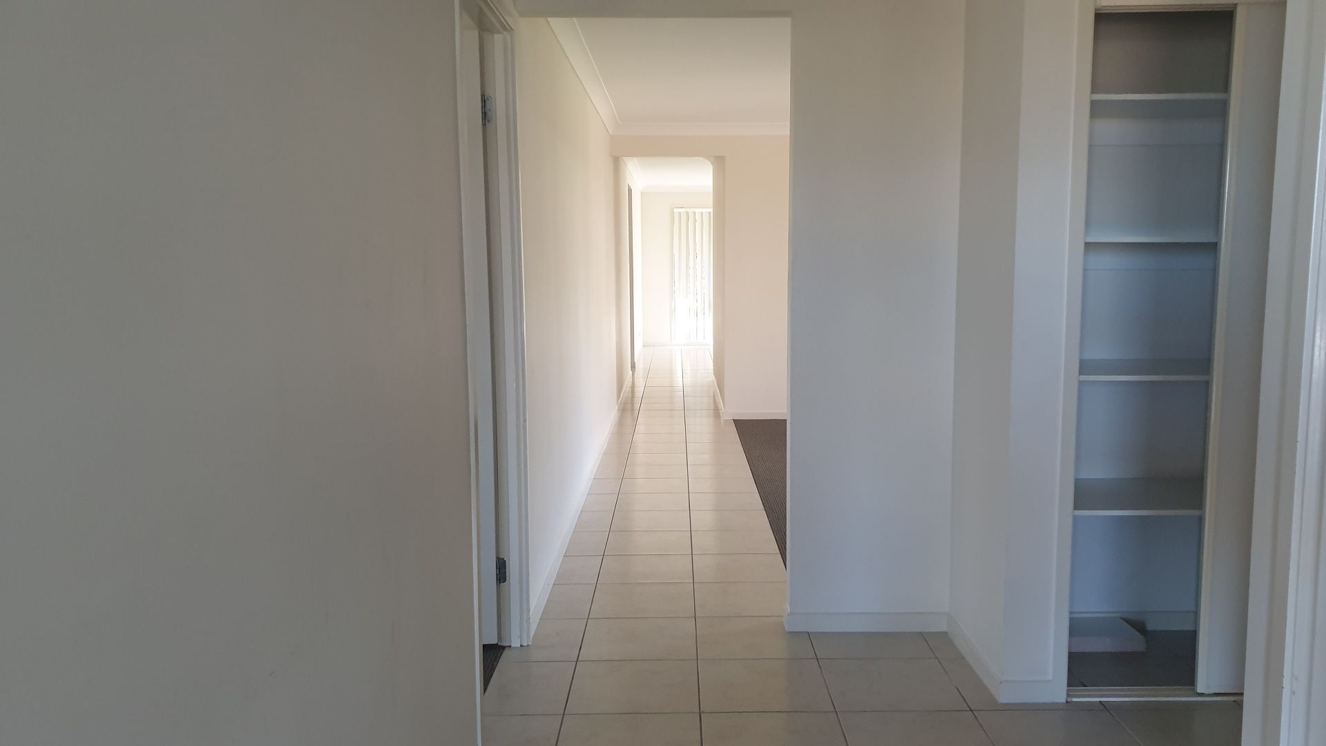 45 Lilley Terrace, Chuwar QLD 4306, Image 2