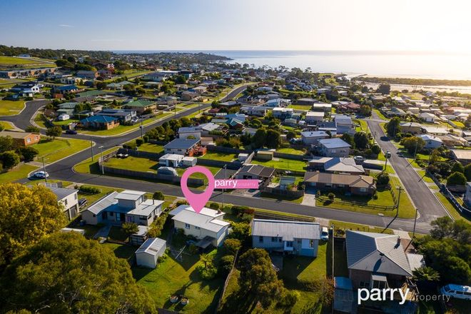 Picture of 11 Murray Street, BRIDPORT TAS 7262