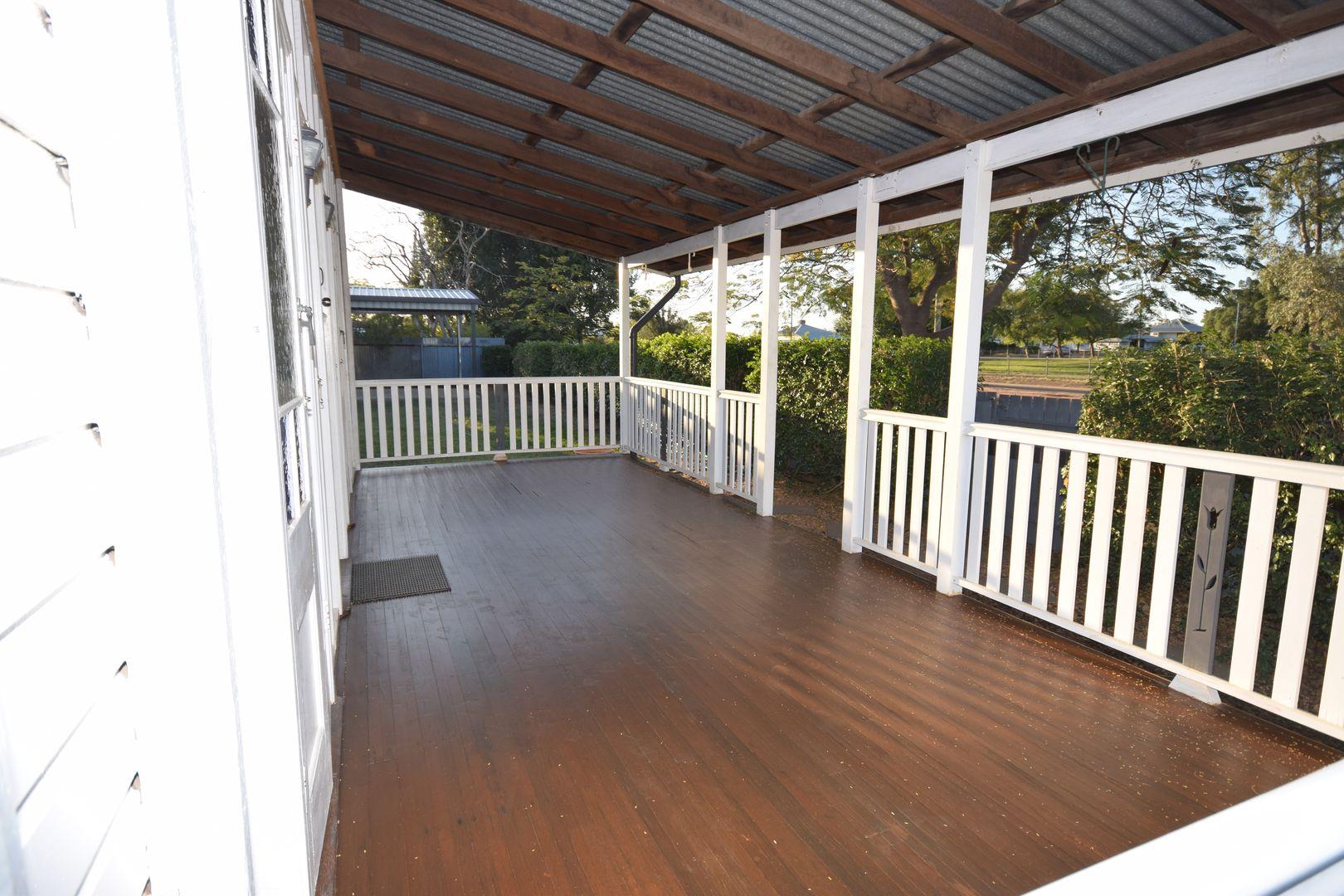 9 Pelican Street, Longreach QLD 4730, Image 2