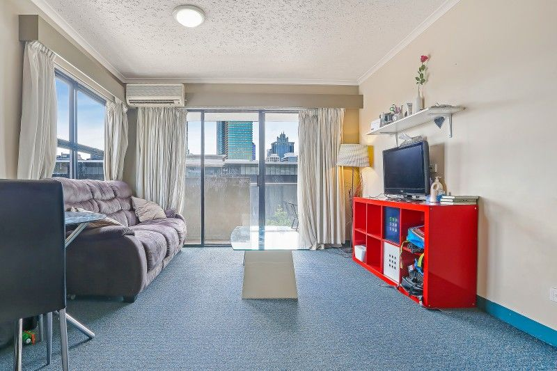 621/20 Montague Road, South Brisbane QLD 4101, Image 2