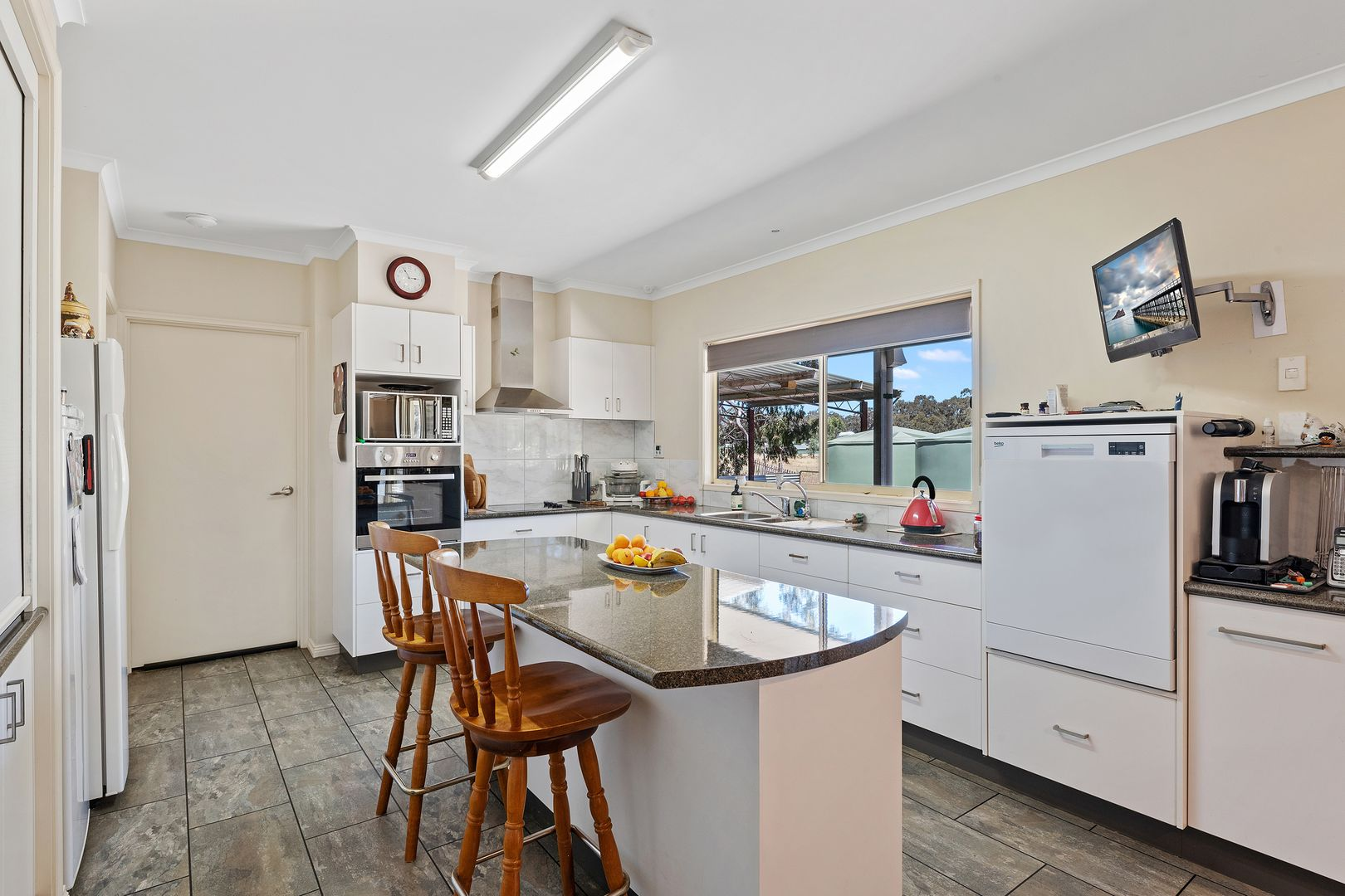 130 Simpsons Road, Eaglehawk VIC 3556, Image 1