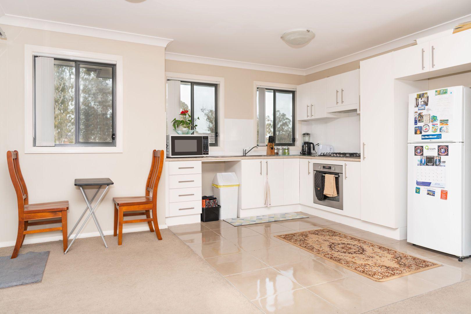 4/322 Parker Street, Cootamundra NSW 2590, Image 1