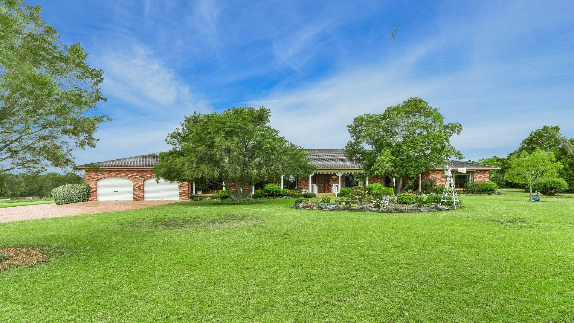 15 Mount View Close, Razorback NSW 2571, Image 2