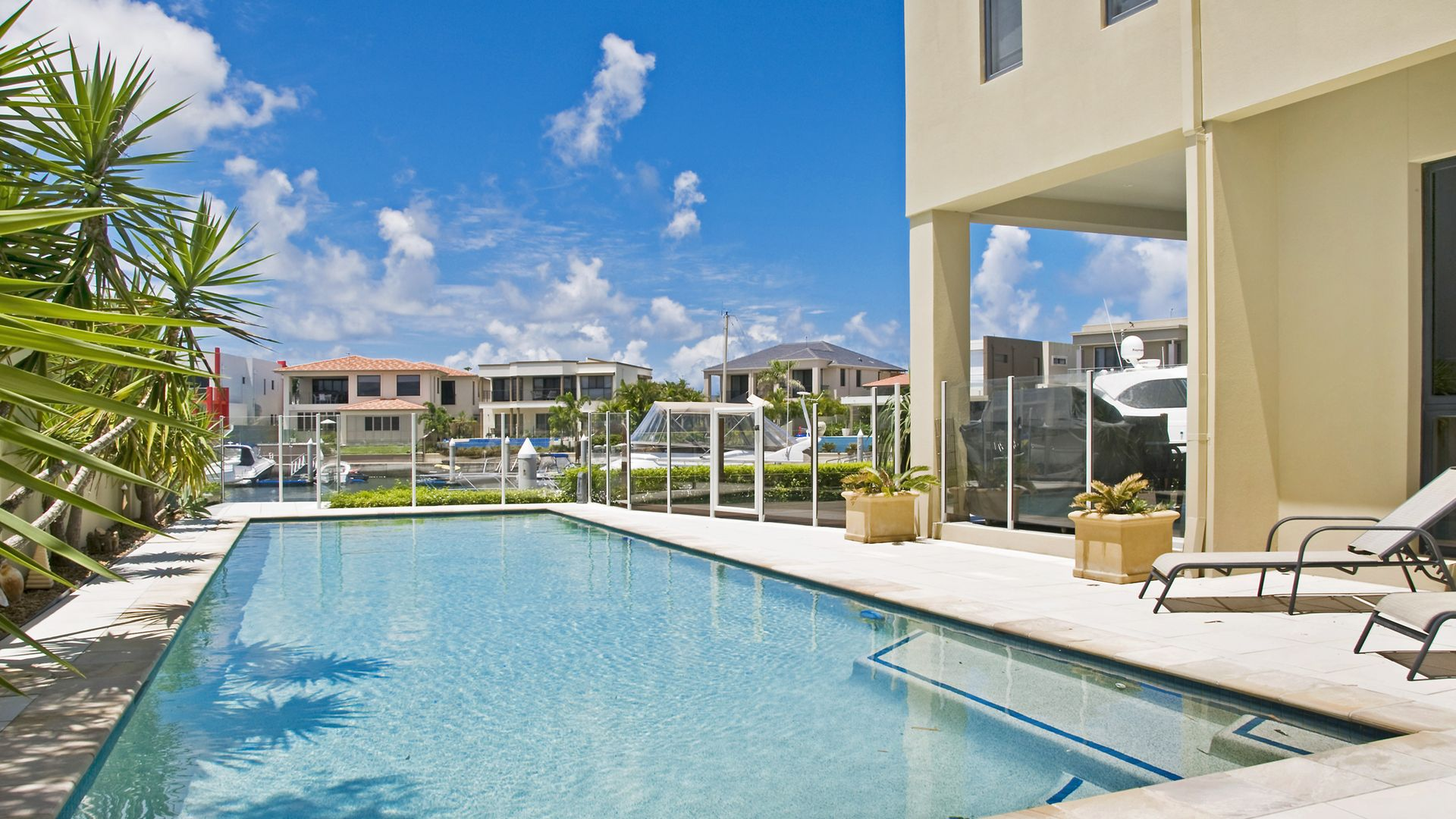 5 Queen Anne Court, Sovereign Islands QLD 4216, Image 1