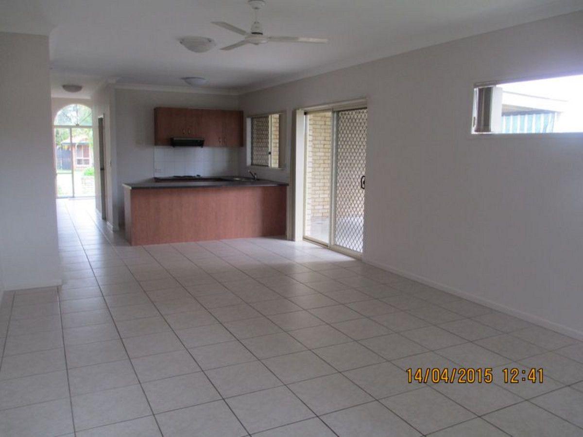 24 Harrison Court, Forest Lake QLD 4078, Image 2