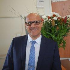 Andre Pudebat, Sales representative