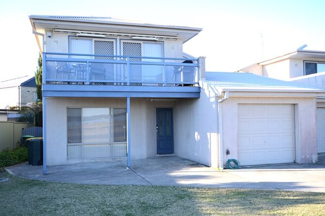 Picture of 1/6 Hibiscus Close, MALONEYS BEACH NSW 2536