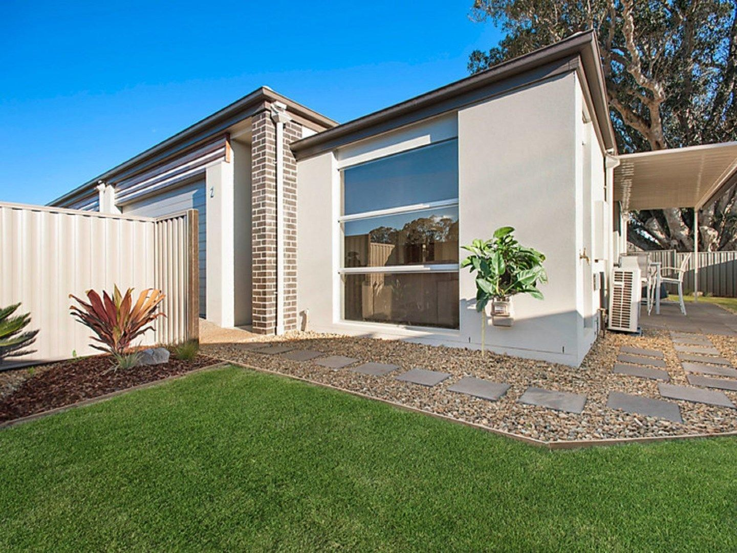 2/16 Argus Court, Middle Ridge QLD 4350, Image 0
