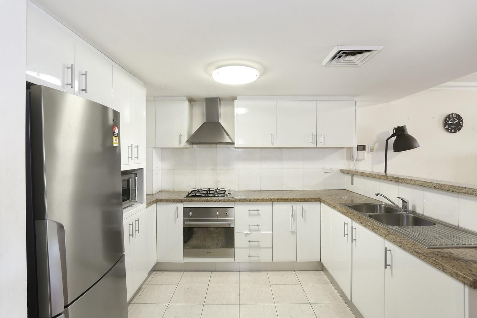 23/2 Pound Road, Hornsby NSW 2077, Image 2