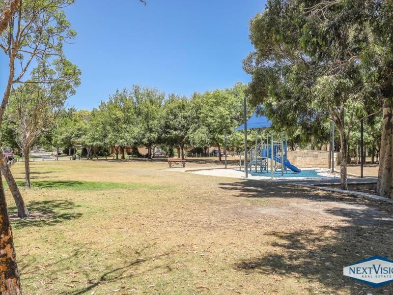 26 Hedges Retreat, Atwell WA 6164, Image 2