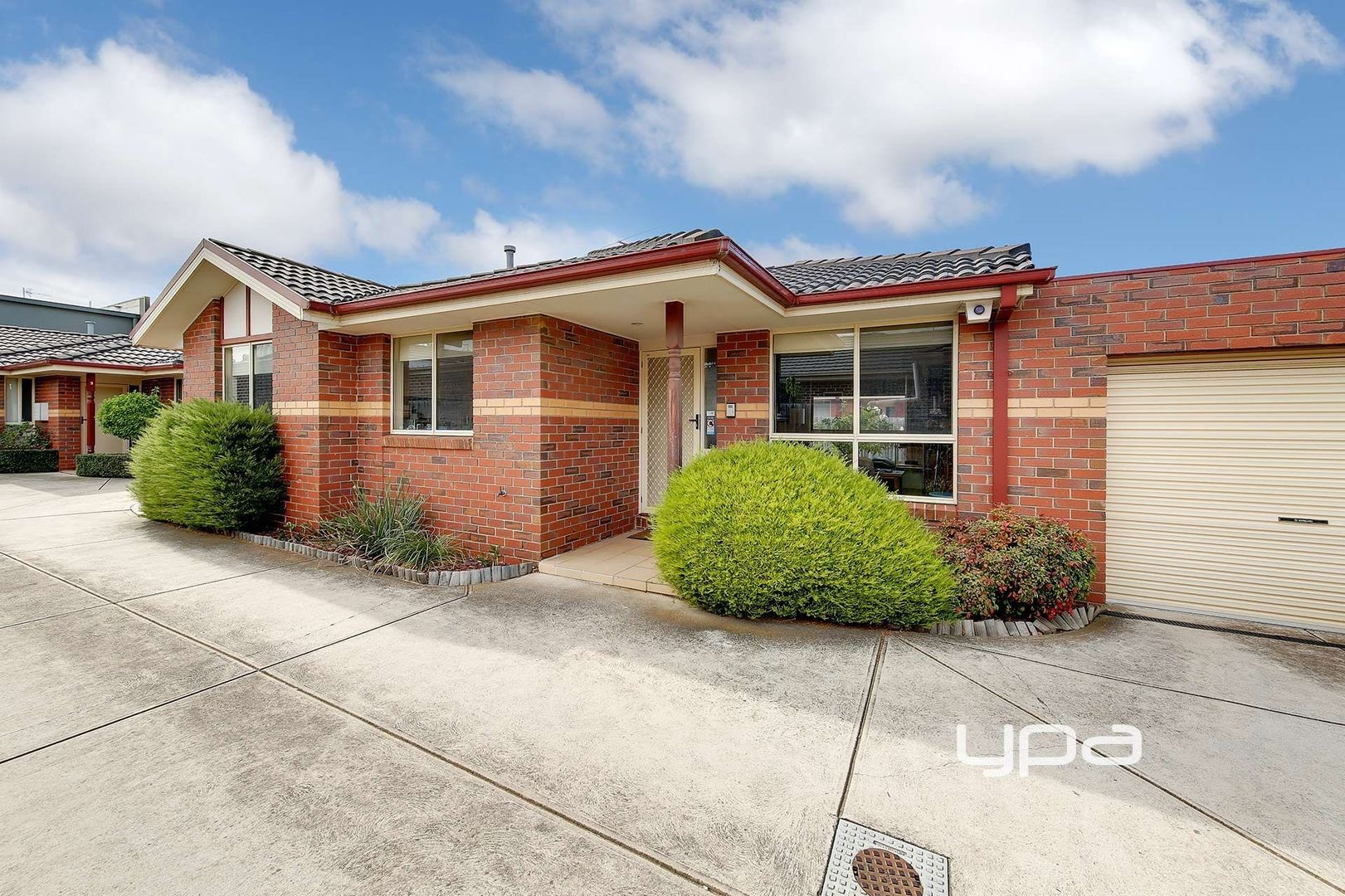 2/52 McIntosh Street, Airport West VIC 3042, Image 0