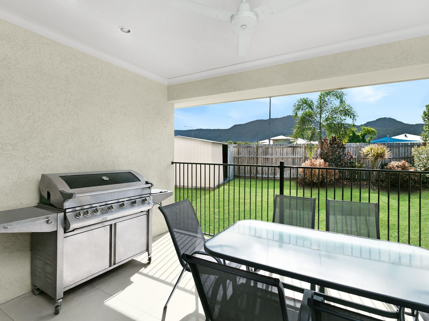 20 Kingsborough Pass, Trinity Park QLD 4879, Image 2