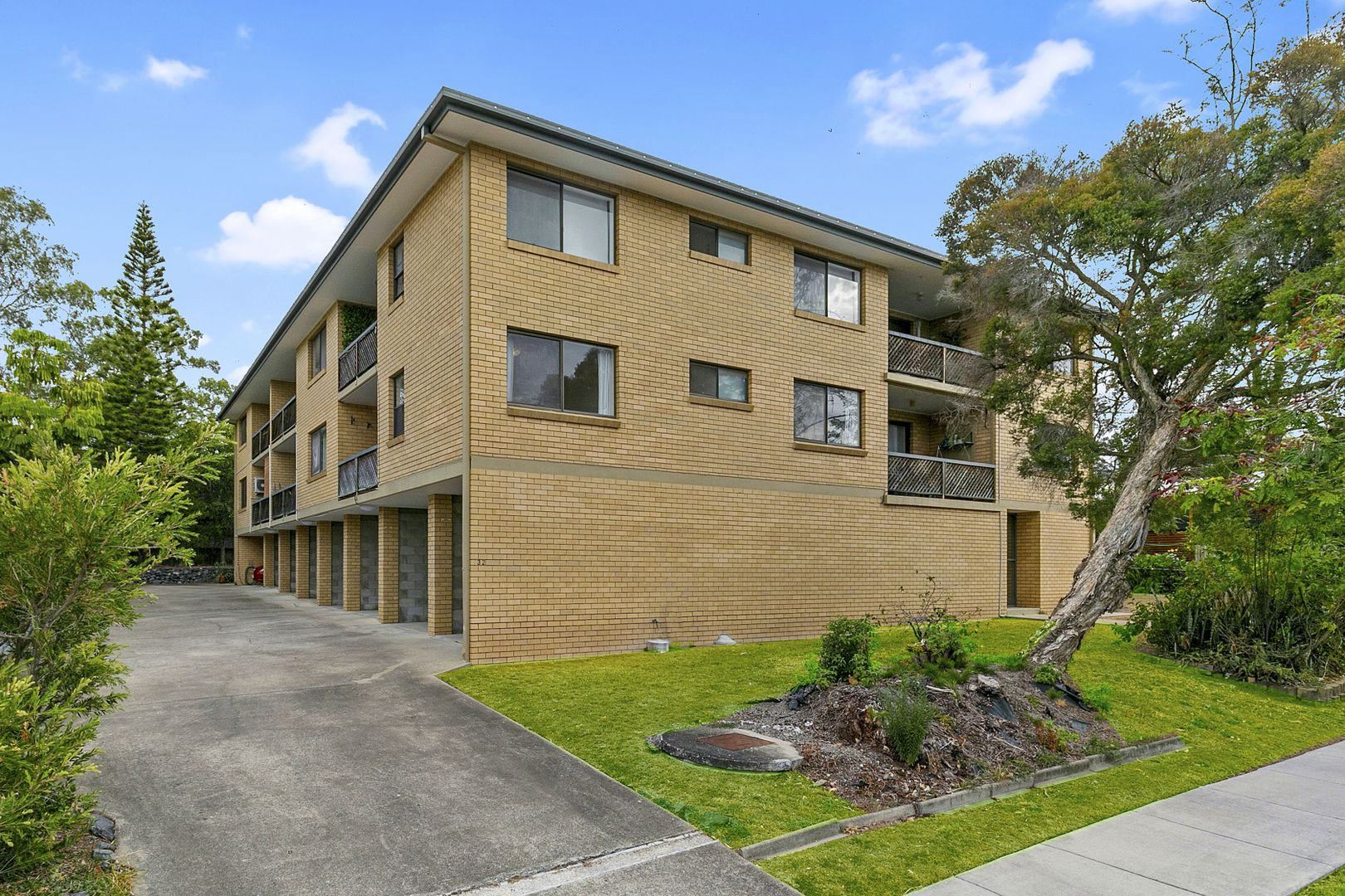 2/32 Moore Street, Morningside QLD 4170, Image 0